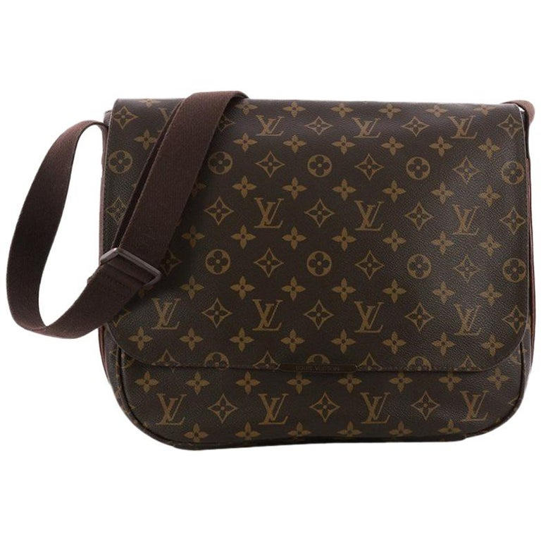 0639258c04dd Louis Vuitton District Messenger Bag Macassar Monogram Canvas MM For Sale