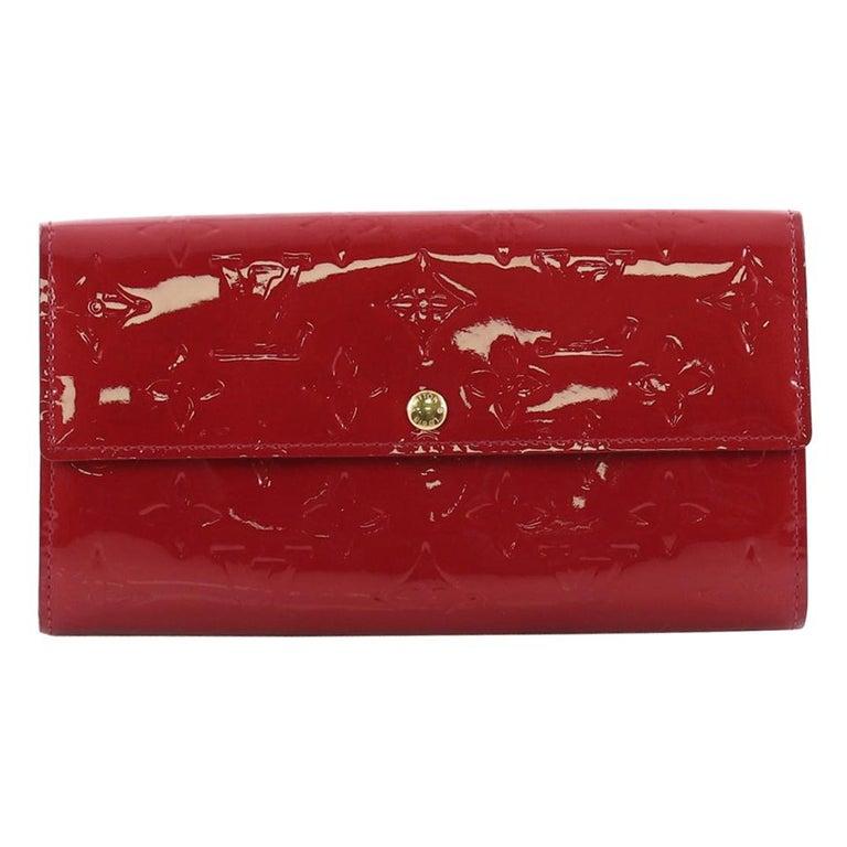 e6ddab704b146 Louis Vuitton Sarah Wallet Monogram Vernis at 1stdibs