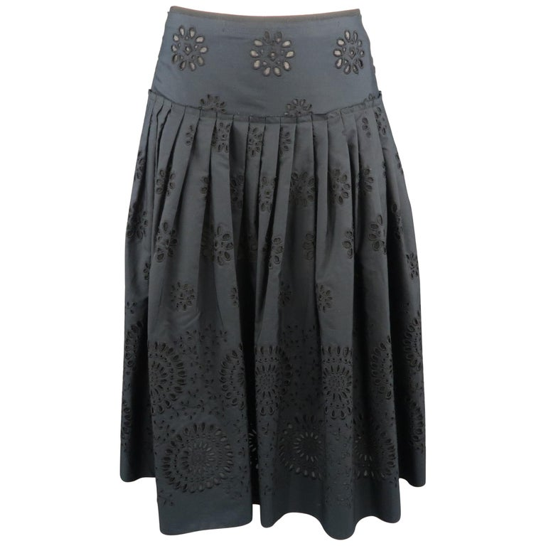 PRADA Size 2 Navy Cotton A-line Eyelet Skirt For Sale