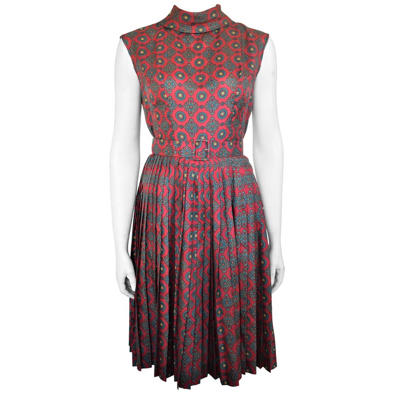 277d09fe3 Vintage Hand-Made Pleated Paisley Dress, Circa 1960 For Sale at 1stdibs