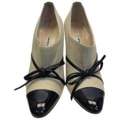 Manolo Blahnik Tan and Black Leather Heels