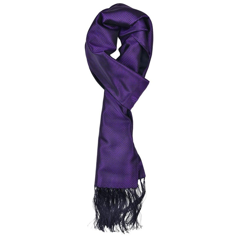 Get a Cashmere Scarf Before Christmas