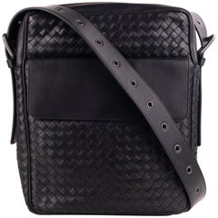 Bottega Veneta Black Calf Leather Intrecciato Messenger Bag
