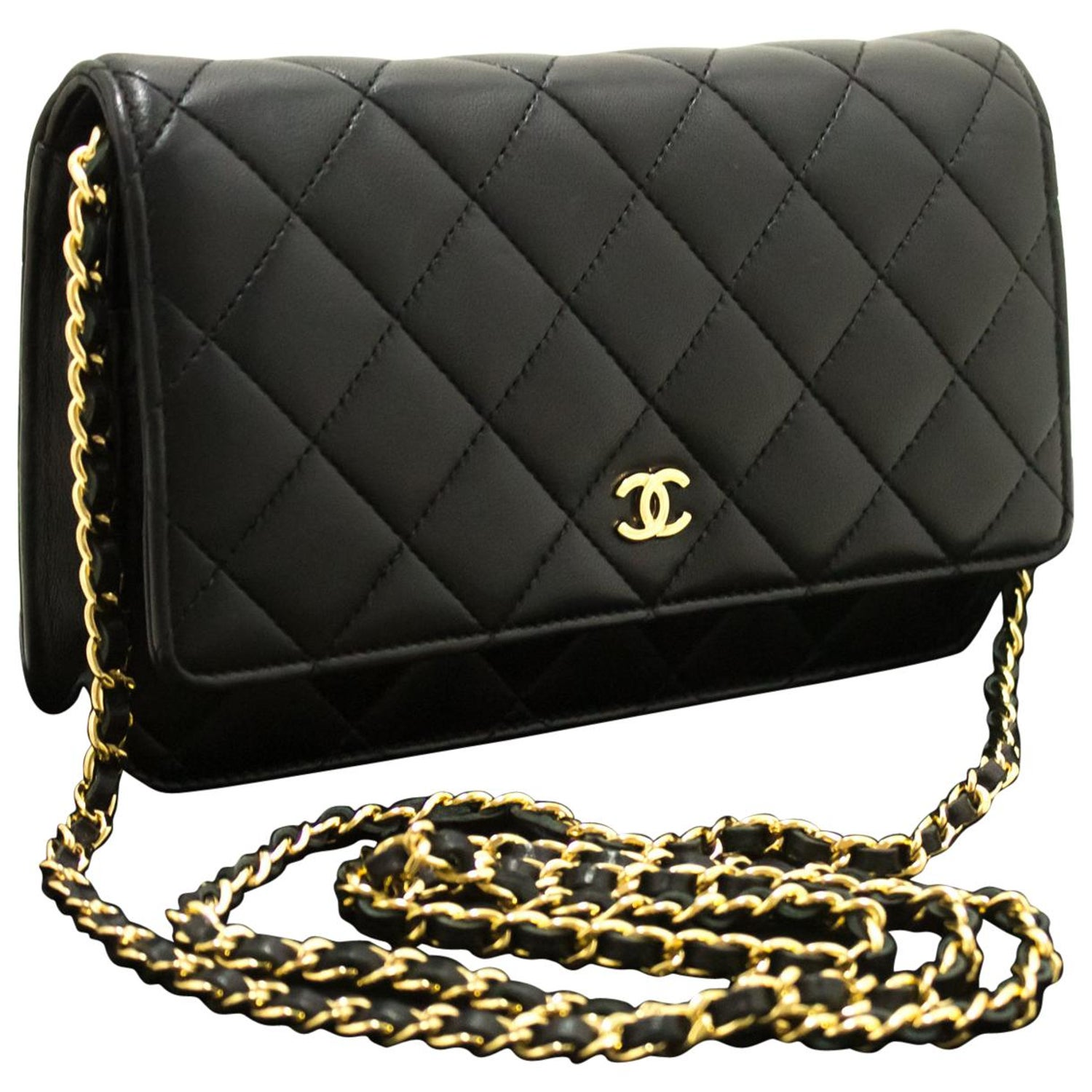1689ff8fc5a5 CHANEL Black WOC Wallet On Chain Shoulder Crossbody Bag Lambskin at 1stdibs