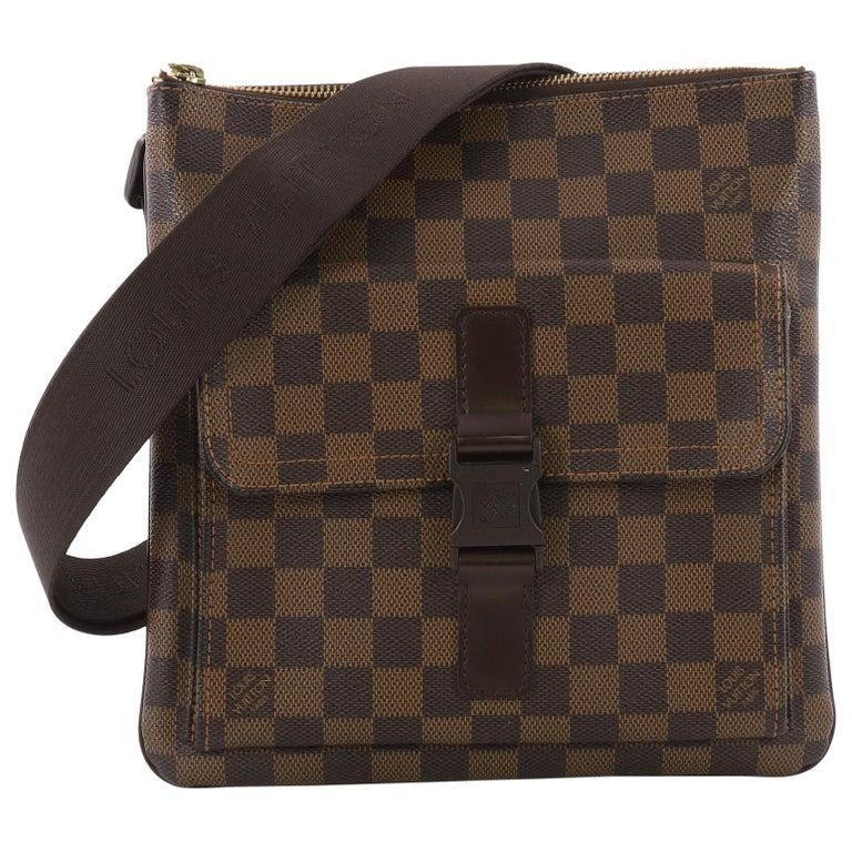 41d54baef718 Louis Vuitton Pochette Melville Damier at 1stdibs