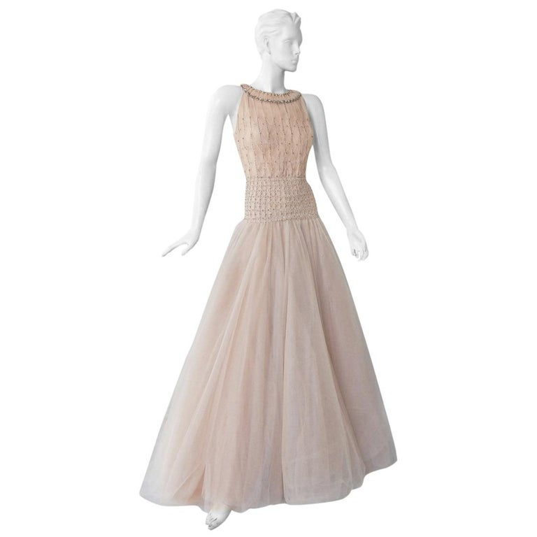 Valentino $19K Fantasy Silk Net & Tulle Beaded Pink Gown  New! For Sale