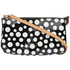 2012 Louis Vuitton Black Vernis Dots Infinity Yayoi Kusama Pochette Accessories