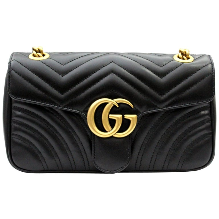 88bab7d81d9 Gucci Marmont Black Leathe Shoulder Bag For Sale at 1stdibs