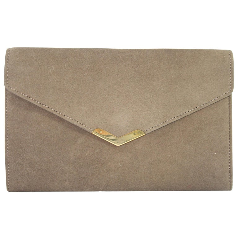 Vintage 60's Hermes  Clutch Solid 18k  Gold Clasp For Sale