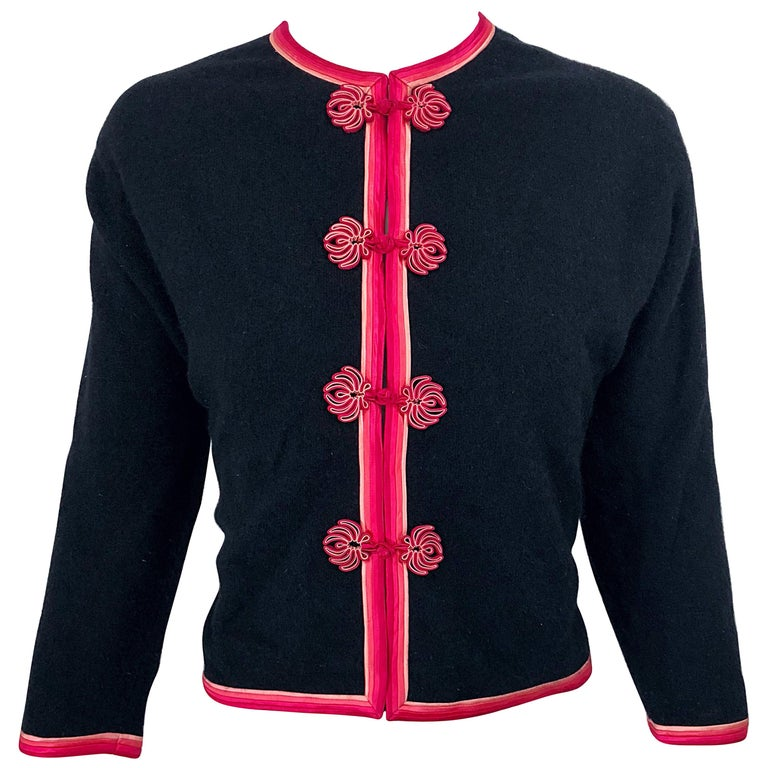 1950s Monhan's Ltd. Black Pink Asian Wool Hong Kong Vintage 50s Cardigan Sweater For Sale