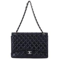 Chanel schwarz Maxi Single klassische Klappe