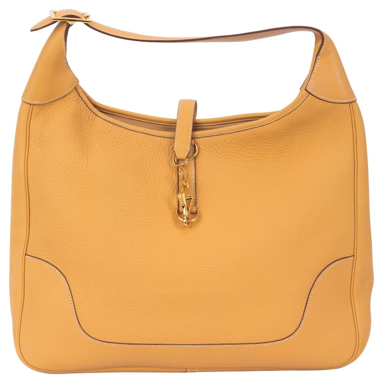 791a8dbee5b7 Hermes Trim 38 Shoulder Sable Clemence Bag For Sale at 1stdibs
