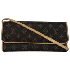Louis Vuitton Monogram Pochette Twin GM Crossbody Shoulder Handbag