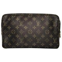 Louis Vuitton Monogram Trousse Toilette 28 Cosmetic Bag Clutch