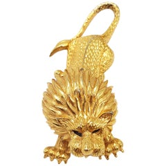 Vintage Jomaz Textured Lion Pin Brooch in Gold