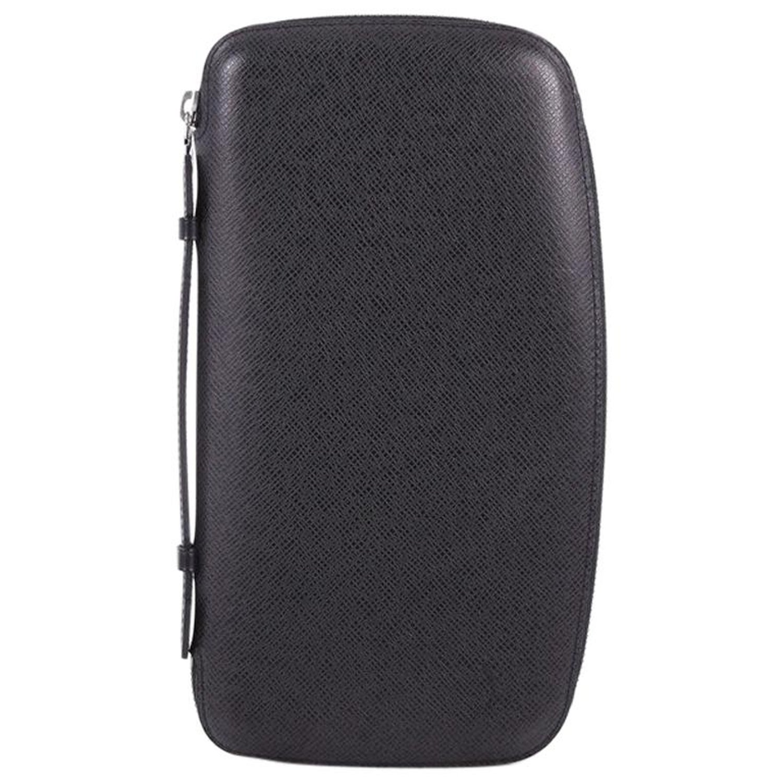 eac27337e037 Louis Vuitton Zippy Wallet Taiga Leather XL at 1stdibs