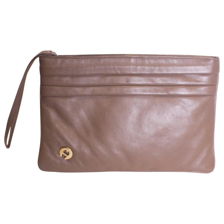 463ff6381088c Vintage Etienne Aigner Clutch Bag For Sale at 1stdibs