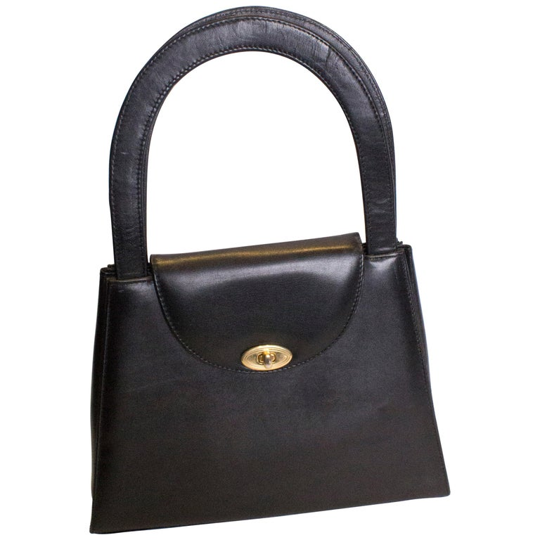 Vintage Italian Leather Handbag For Sale at 1stdibs 5800e446d4