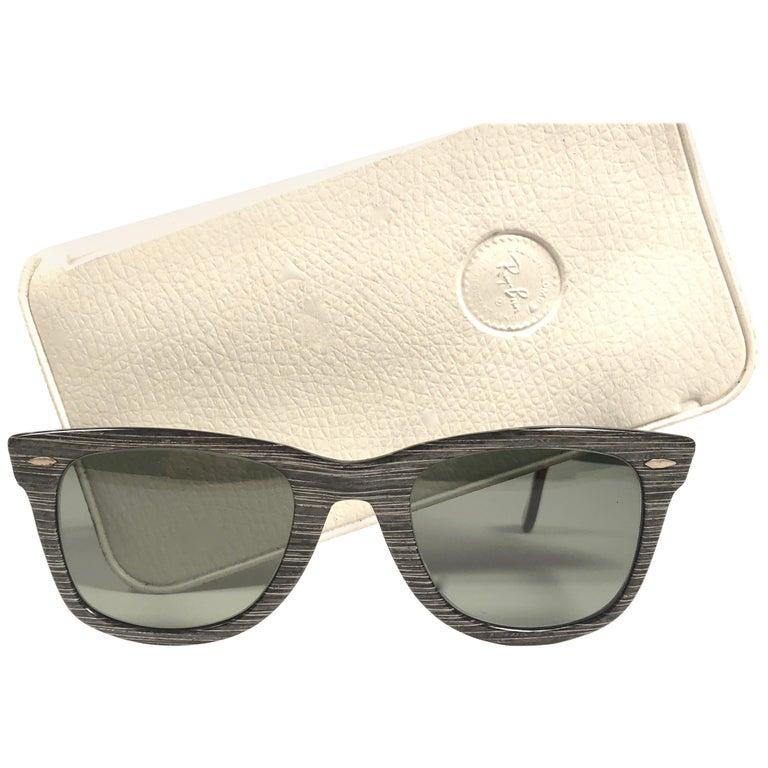 ce3eecbf87 New Ray Ban Wayfarer 1960 s Mid Century Black Grey Lenses B L USA Sunglasses  ...