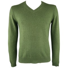 NEIMAN MARCUS Size M Green Knitted Cashmere Sweater