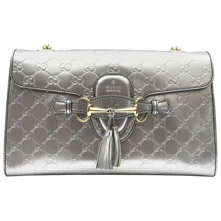 03d3899ca43927 Gucci Metallic Guccissima Leather Emily Chain Shoulder Bag For Sale ...