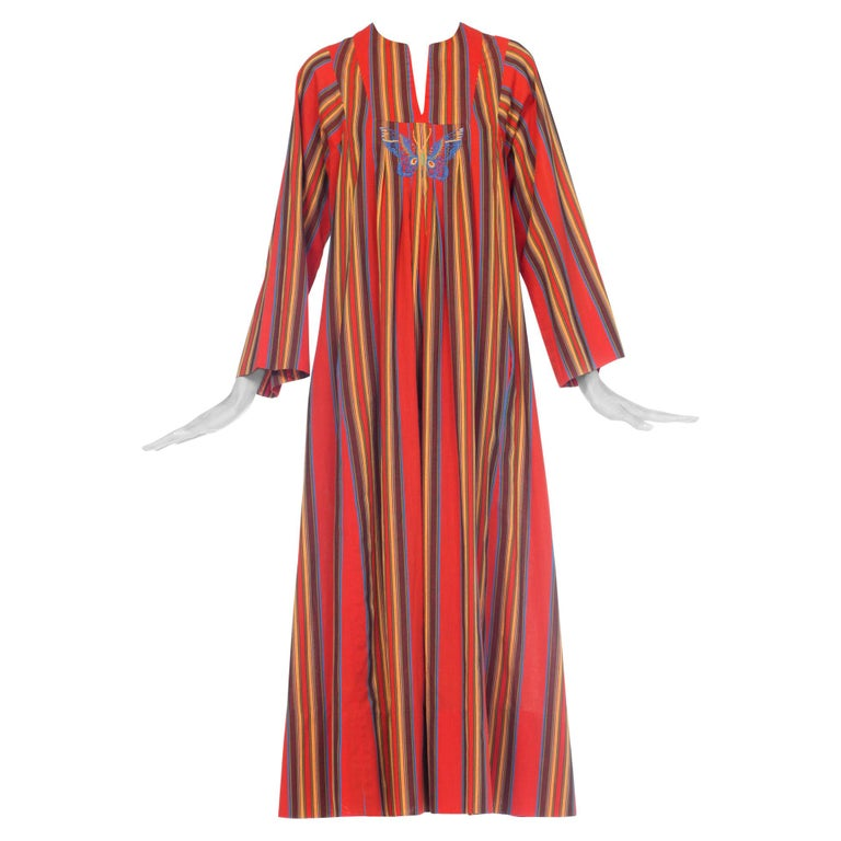 1970s Kaftan Dress With Embroidered Butterfly