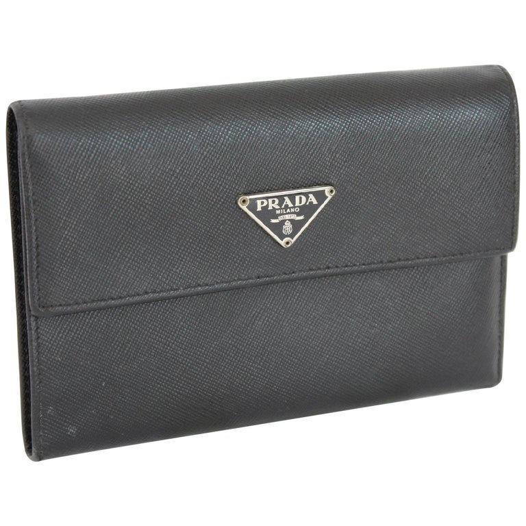 9564979e3945 Prada Wallet Briefcases Leather Vintage Black, 1990s at 1stdibs