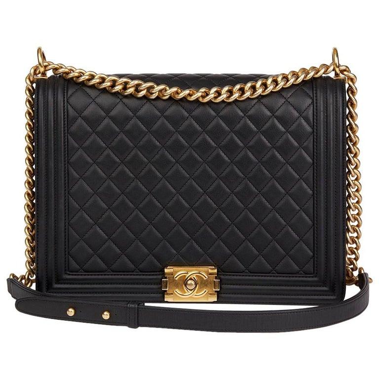 bc4198873be18 Chanel schwarz gesteppte Lammleder große Le Boy Bag