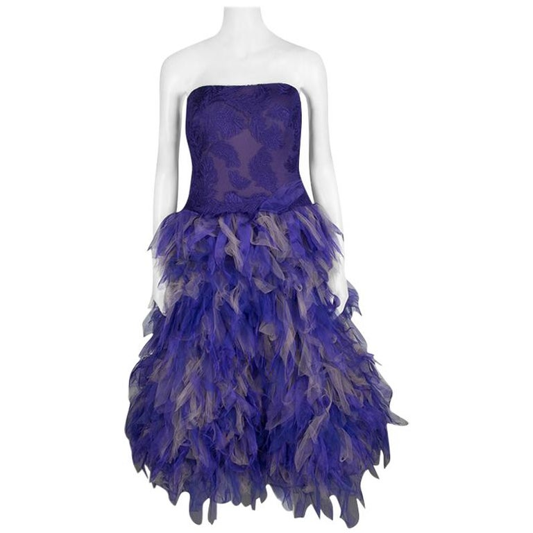 Tadashi Shoji lila und Beige Tüll gesticktes Kunst Feder trägerloses Kleid  L 1 559052fd3f