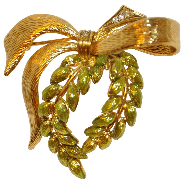 "Gilded Gold Vermeil with Enamel ""Wreath with Bow"" Brooch For Sale"