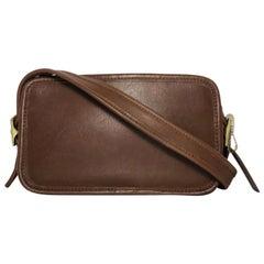 Coach Vintage Small Zipper Crossbody Shoulder Handbag in Brown