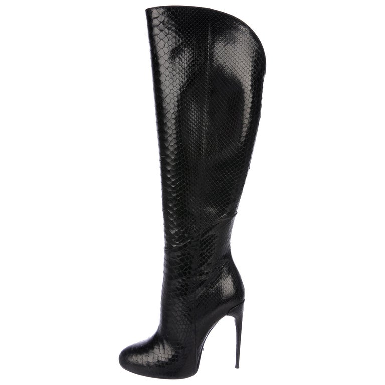 cdcba5576730 Gucci NEW Black Snakeskin Evening Knee Riding High Heels Boots For Sale