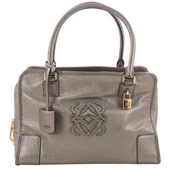 Loewe Amazona Bag Leather 36, crafted in silver leather