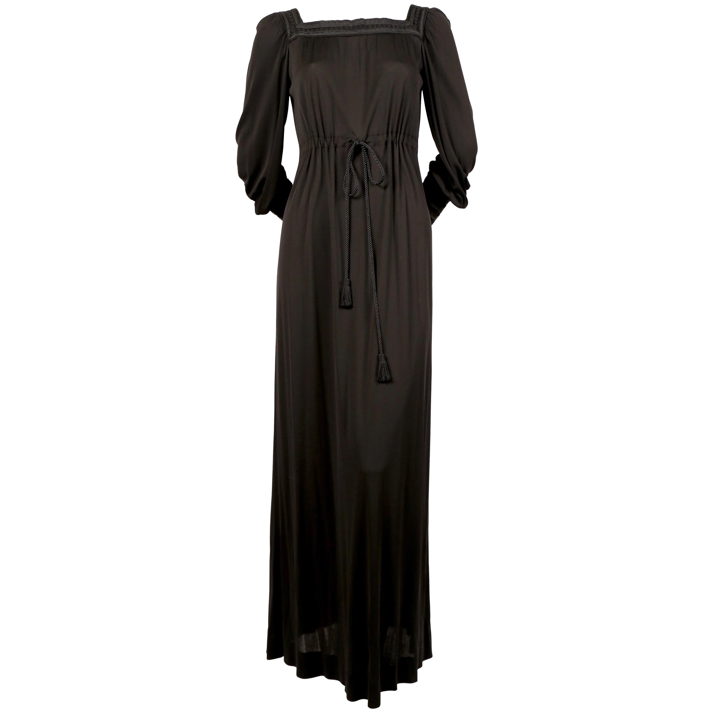 Schwarzes jersy kleid