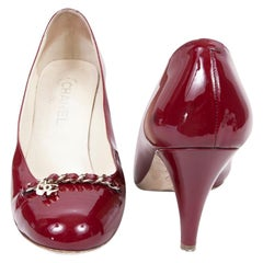 CHANEL High Heels in Burgundy Varnished Patent Leather Size 39.5C