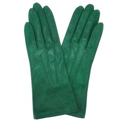 C.1960 Emerald Green Textured Leather Gloves
