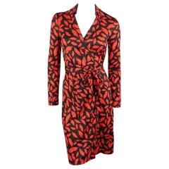 DIANE VON FURSTENBERG Size 6 Black & Red Lip Print Silk Wrap Dress
