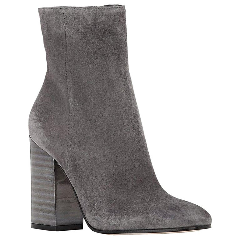 b7aab68c2 Gianvito Rossi Lacquered-Heel Suede Ankle Boots For Sale at 1stdibs