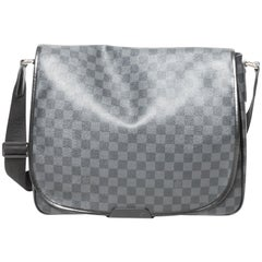 Louis Vuitton Damier Messenger Bag - GM