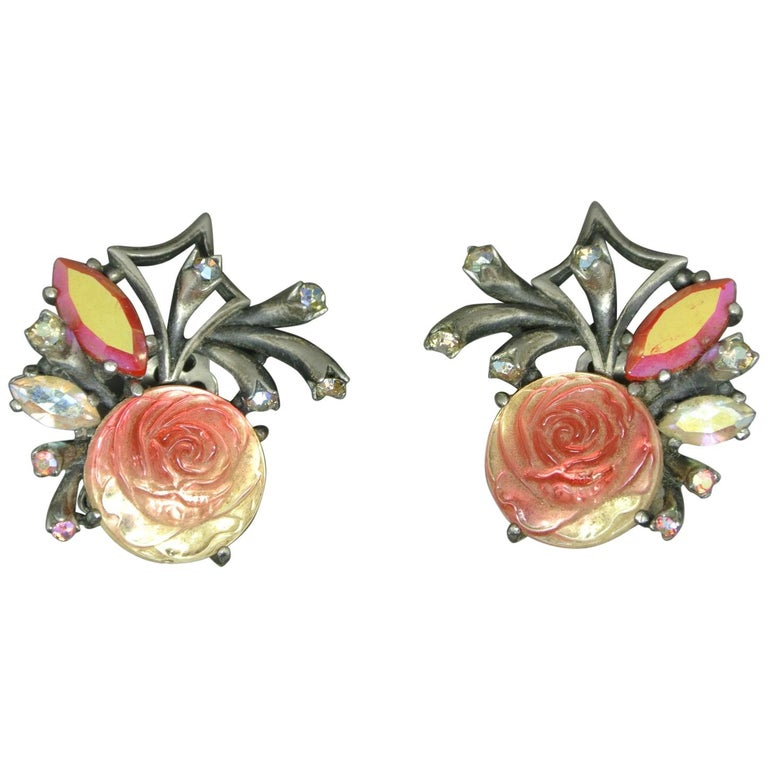 Schiaparelli 1950s Red glass Rose earrings For Sale