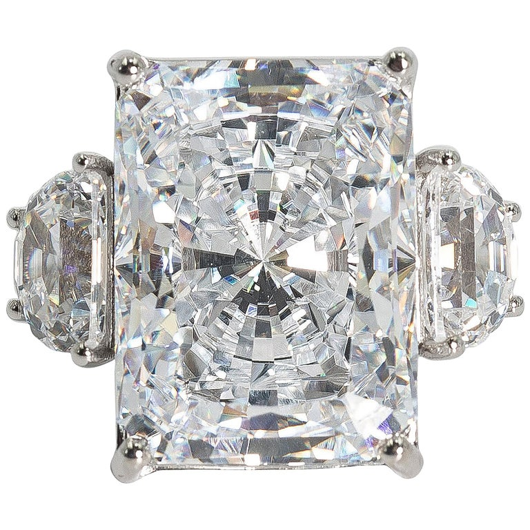 25 Carat White Radiant Cut Cubic Zirconia White Gold Ring For Sale