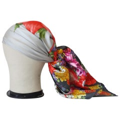 1980s Gucci Floral Motif Silk Scarf
