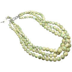 Christian Dior 50s green iridescent triple-strands beaded  Necklace
