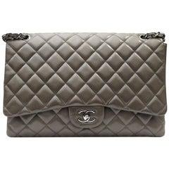 2009/2010 Chanel Gry Leather Maxi Jumbo Bag