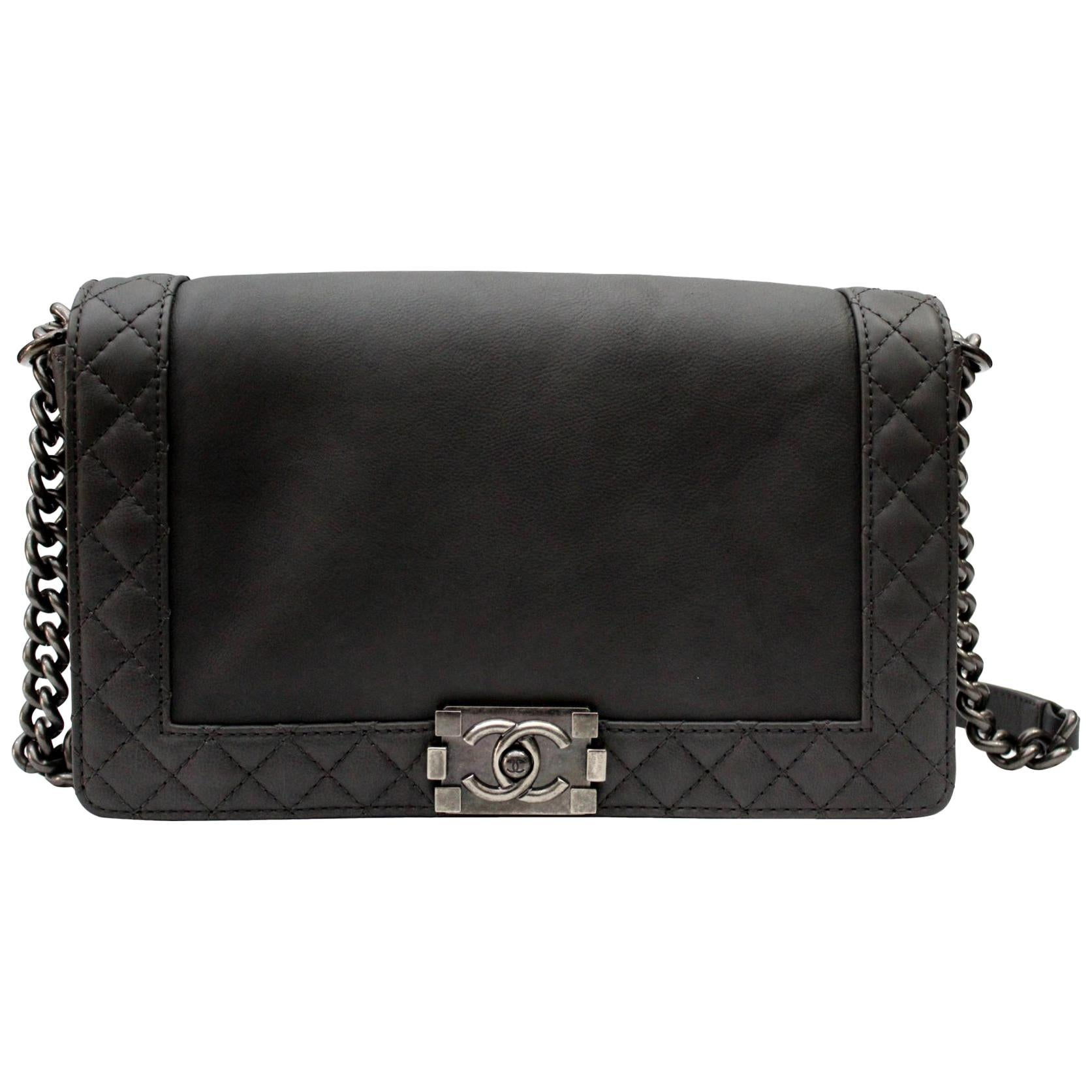 a62f626418df 2013/2014 Chanel Gry Leather Reverso Boy Bag at 1stdibs