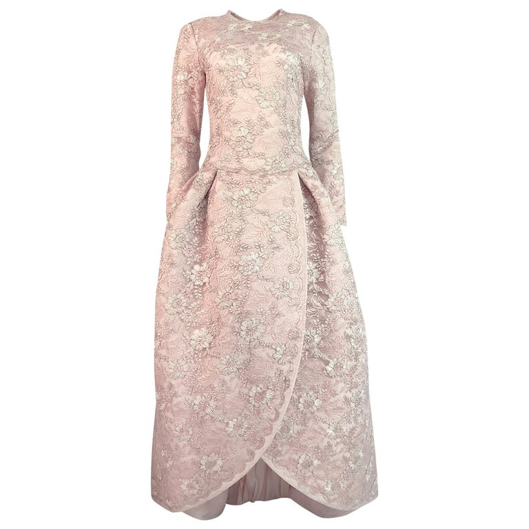 F/W 1994 Nina Ricci Haute Couture Silver Cord & Hand Made Pink Lace Dress For Sale