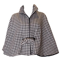 A Vintage 1970s Dents Black and White houndstooth Cape