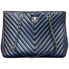 Large CHANEL CC Shopping Bag/Shopper chain chevron lambskin navy blue 2016
