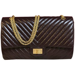 Limited CHANEL 2.55 shoulder bag bordeaux distressed chevron lambskin 2016