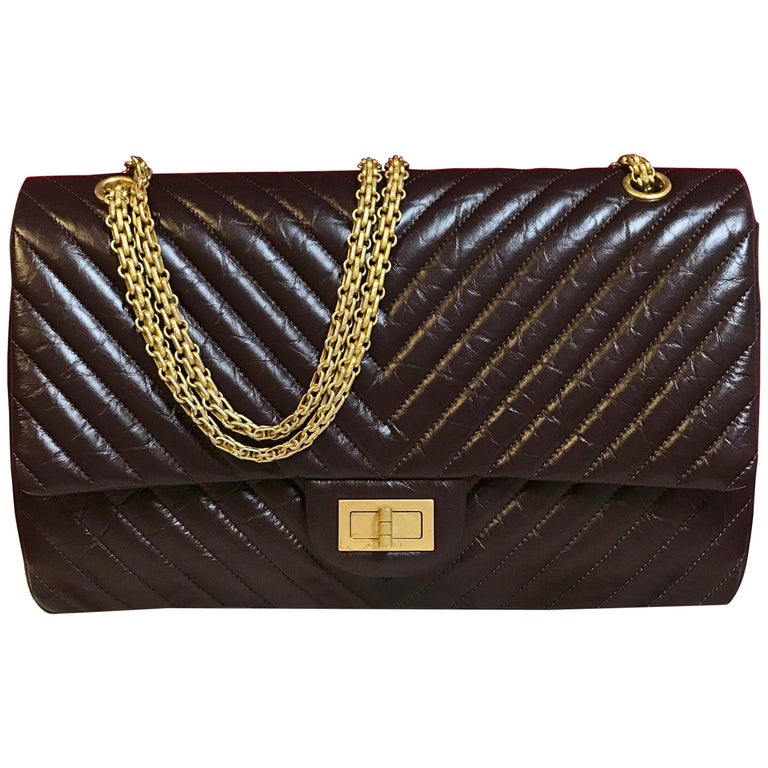 Limited CHANEL 2.55 shoulder bag bordeaux distressed chevron lambskin 2016 For Sale